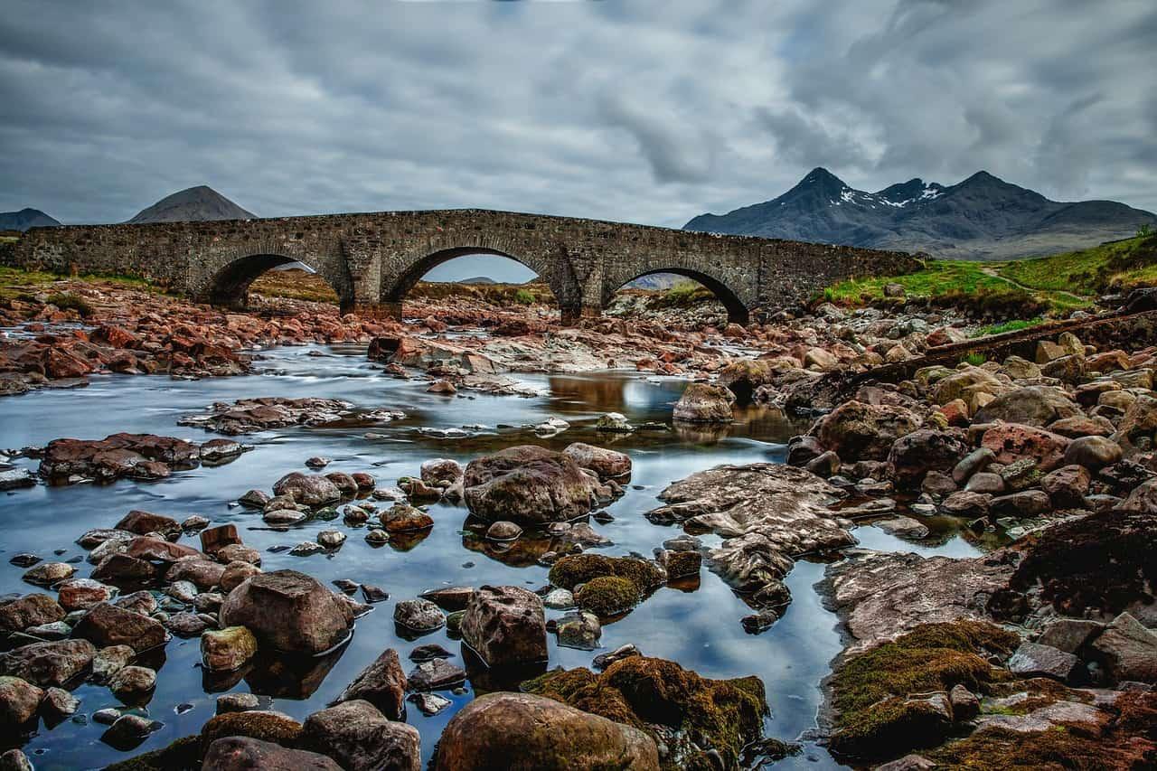 גשר אבנים